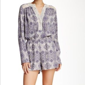 Romeo & Juliet Couture Paisley Print Romper Small